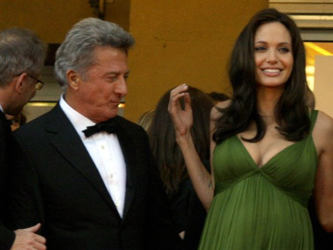 Angelina Jolie hot celeb mum fashionista