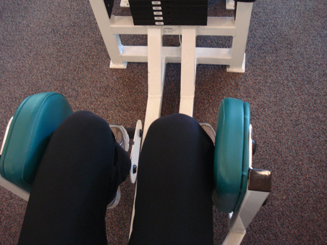abductor-adductor-knee-machine