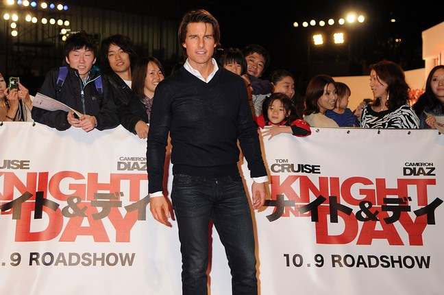 Tom Cruise, blue sweater, white oxford, blue jeans, Knight and Day premiere Japan