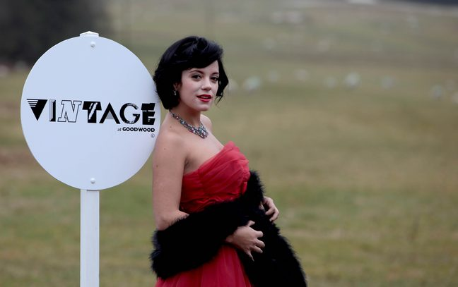 file_109874_0_100805 lily allen confirms pregnancy