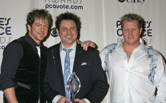 Jay DeMarcus, suit, Rascal Flatts