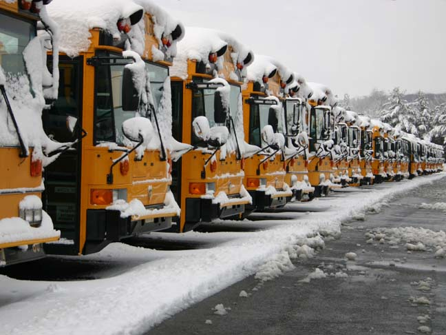 SCHOOL BUSSES IN THE SNOW