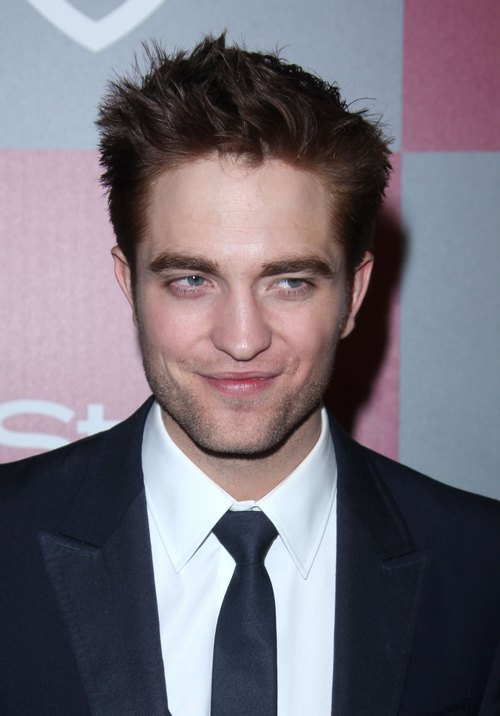 Robert Pattinson, dark suit, red hair