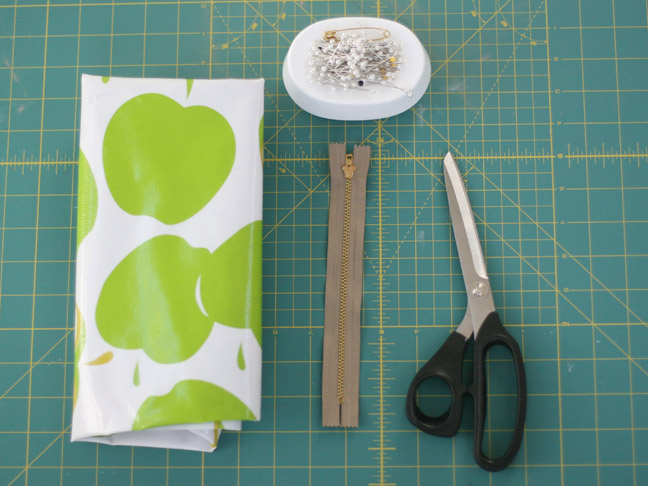 apple fabric scissors and zipper