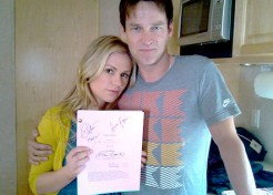 "Stephen Moyer And Anna Paquin Donate ""True Blood"" Script To Help A Family"