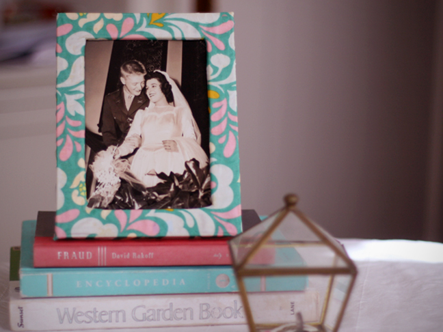 DIY: Fabric Covered Frame - Momtastic