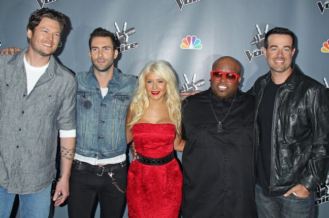 Christina Aguilera red dress, belt