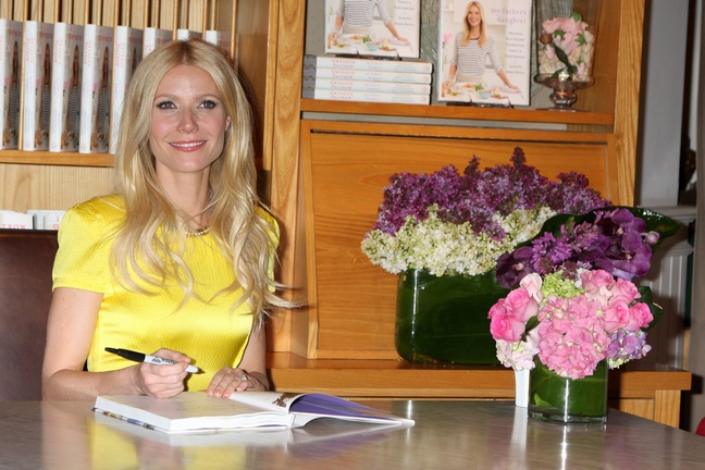 Gwyneth Paltrow yellow dress, book signing