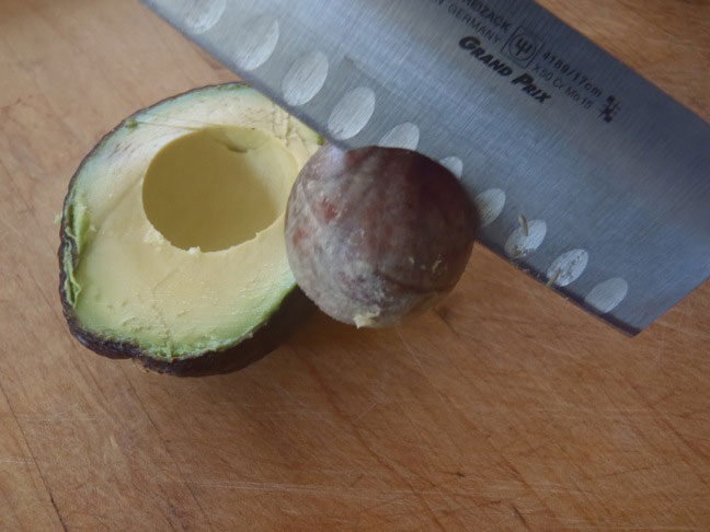 How to Cut an Avocado-3