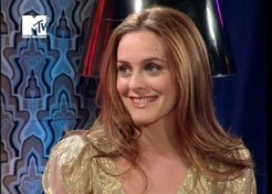 Alicia Silverstone Welcomes A Baby Boy