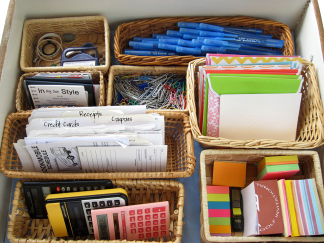 Organize your desk drawer pick a style - How to organize your desk at home for school ...