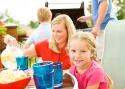 Ten Tips for Hosting an End of Summer Party