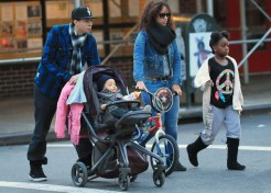 Celebrity Parents & Kids Photo Gallery 12/23