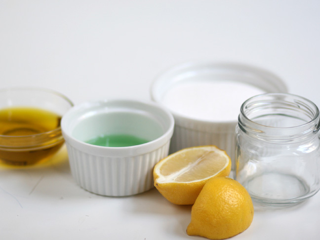 ramekin sugar lemon oil