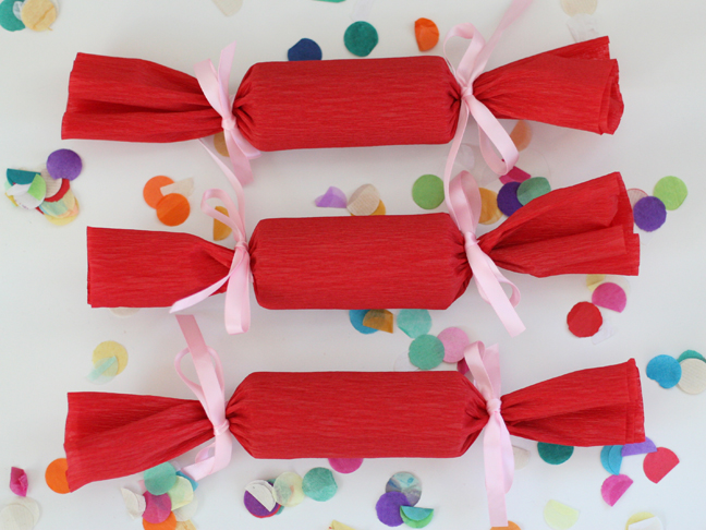 fill these party favor rolls with candy prices and confetti but youu0027ll never guess what theyu0027re made of keep reading to see the full tutorial