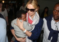 "Motherhood Feels ""So Right"" To Charlize Theron"