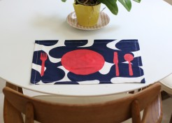 DIY: Freezer Stenciled Placemats
