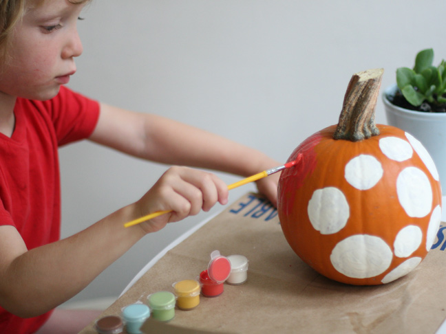 DIY Polka Dot Pumpkin Craft Step 6