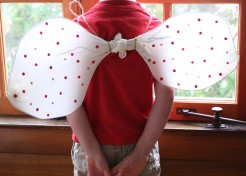 DIY No-Sew Costume: Butterfly Wings