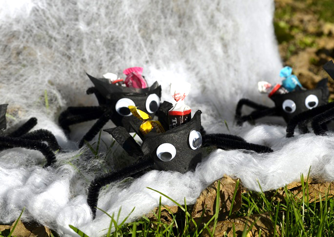 Halloween Spider Treat Cups DIY Craft