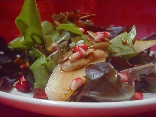 Pomegranate Pear Salad Recipe