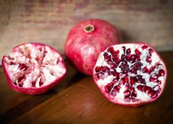How to Open and Peel a Pomegranate (with No Mess!)