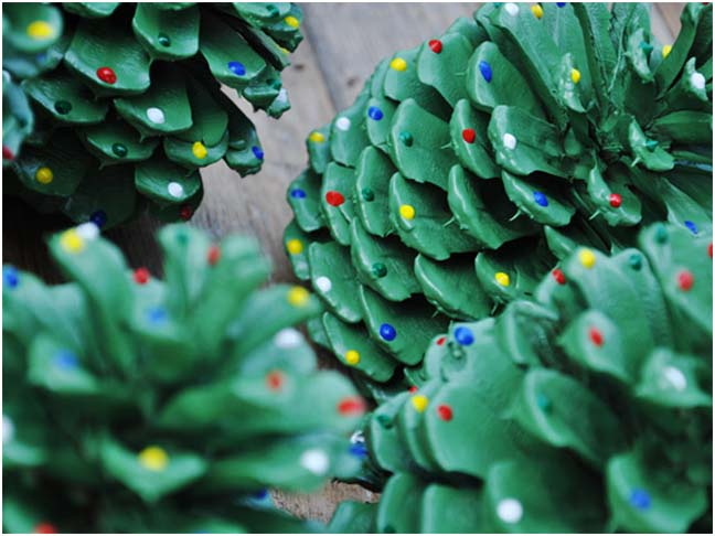 Holiday diy pinecone trees for Pine cone christmas tree craft