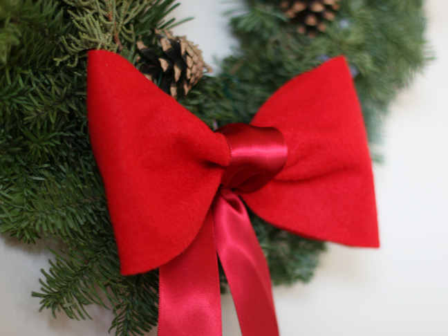 Christmas Red Felt Bow Craft - Step 11