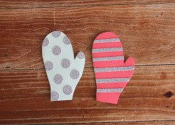 DIY Craft: Mitten Homemade Holiday Cards