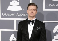 Photos: Red Carpet Fashion At The 2013 Grammy Awards