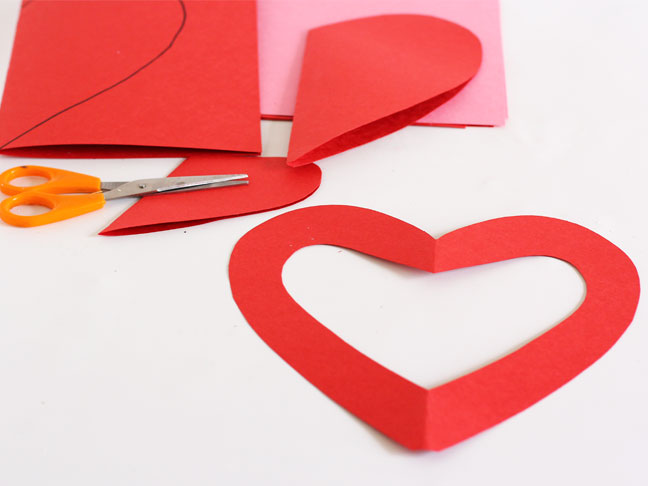 Valentine's Day Paper Heart Garland Craft