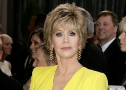 "Jane Fonda Wasn't Impressed With Seth MacFarlane's ""We Saw Your Boobs"" Oscar Number"