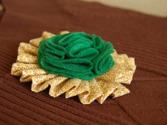 ST PATRICKS DAY BROOCH DIY