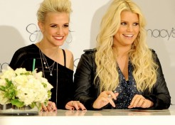Jessica Simpson Accidentally Reveals Her Baby's Gender!