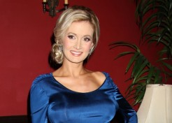Holly Madison Doesn't Care What People Think Of Her Baby Name Choice, Rainbow