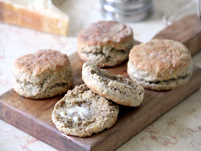 Parmesan Thyme Biscuits Recipe