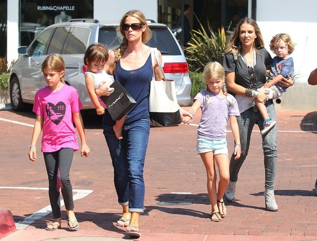 Brooke Muellers Twins Removed From Her Home Denise Richards Caring For Them Again-6461