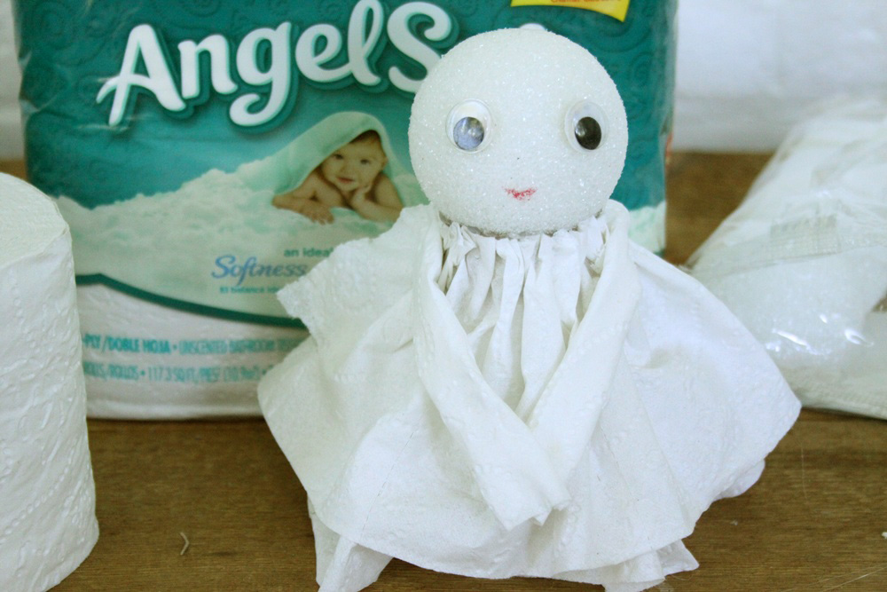 DIY Toilet Paper Angel - Step 8