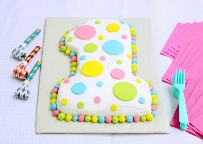 If Youre Looking For A Fun Easy Cake First Birthday Party Then Give This Super 1 Shaped Try We Love Recipe Because It Goes Great