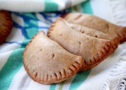 Whole Grain Peach Hand Pies Recipe