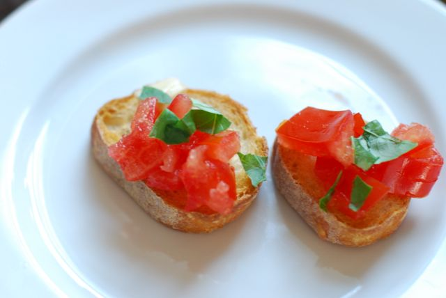 Simple Tomato Bruschetta recipe final