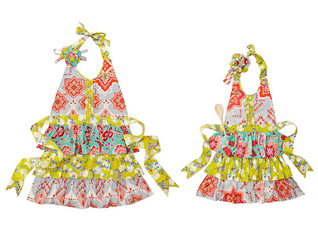 5mother-daughter-aprons