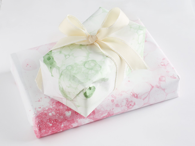 kid friendly wrapping paper making ideas