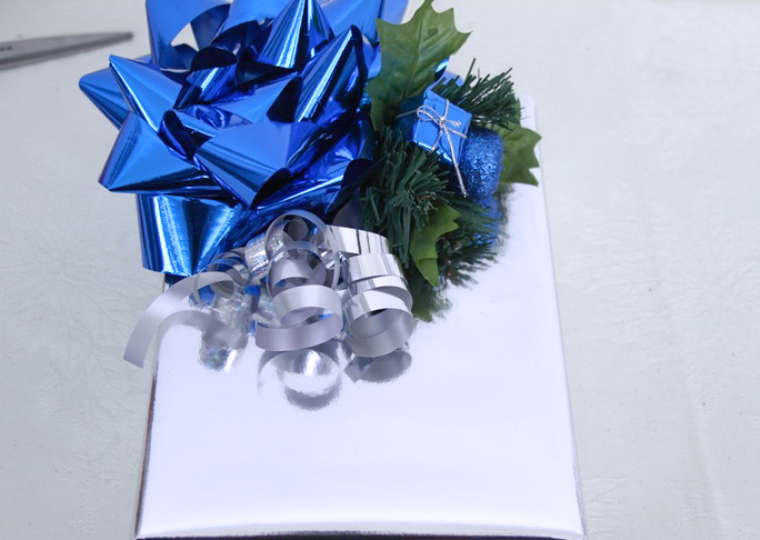 dollar store gift wrap ideas how to