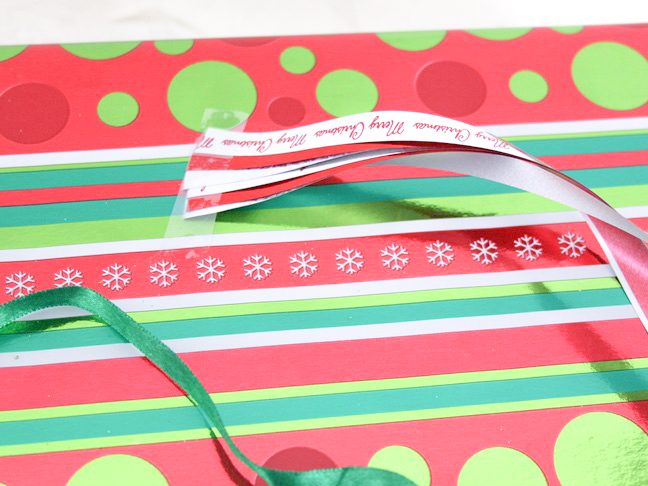 dollar_store_butterfly_noel_gift_wrap_step_5