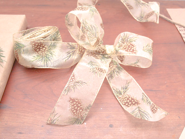 step_5_brown_paper_bag_wrapping_paper_ideas