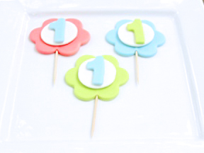 first_birthday_cupcake_topper_step_4