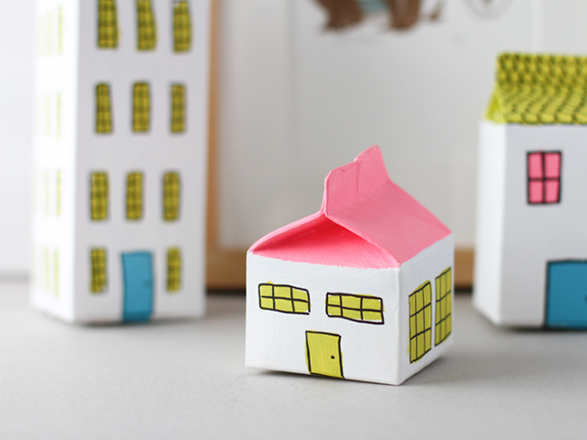 how to make a milk carton house