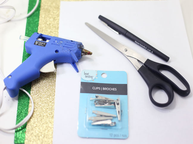 glue gun scissors