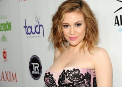 Alyssa Milano Pregnant With Her Second Child
